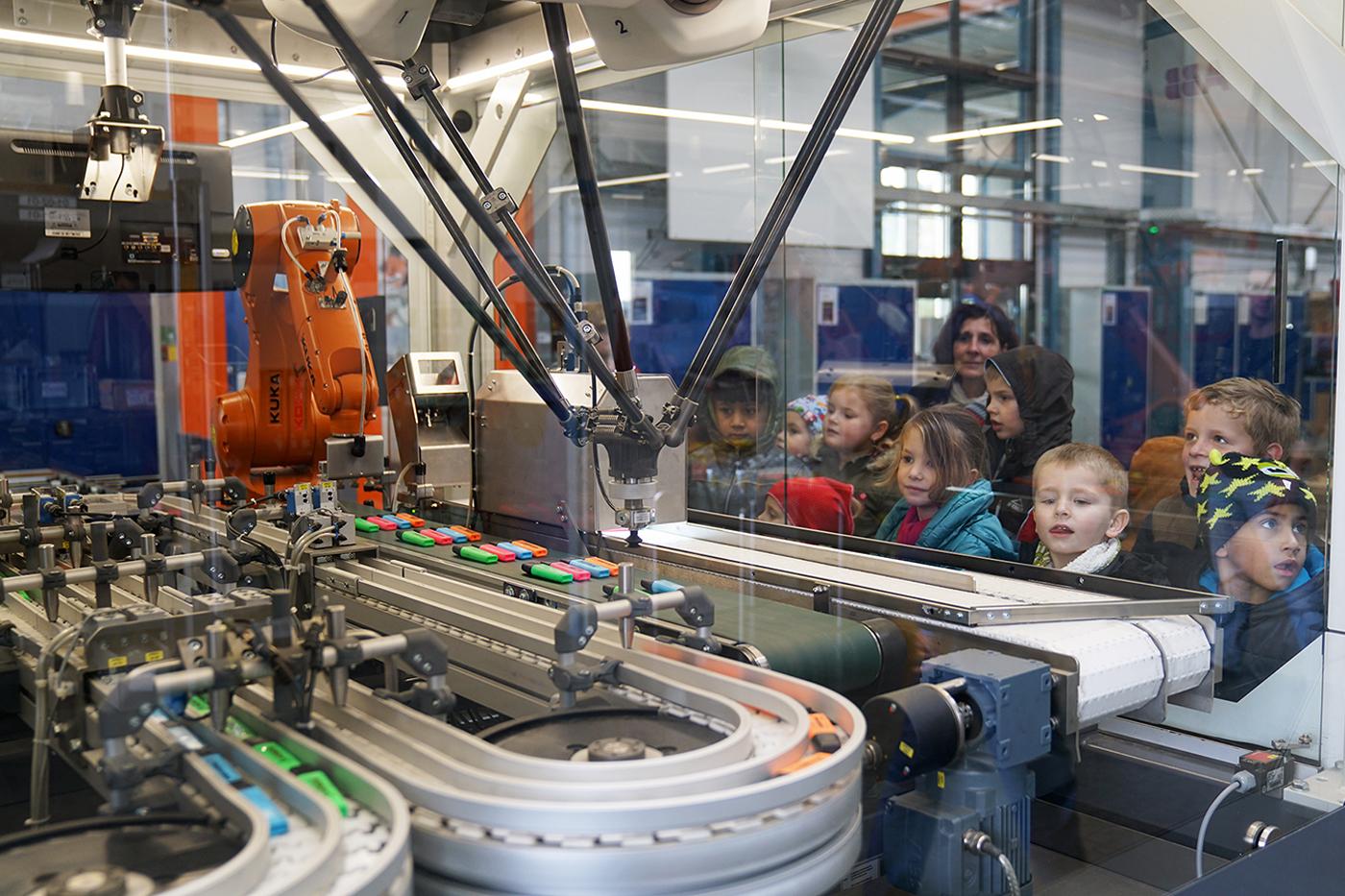 Spenden statt Geschenke - KOCH Robotersysteme