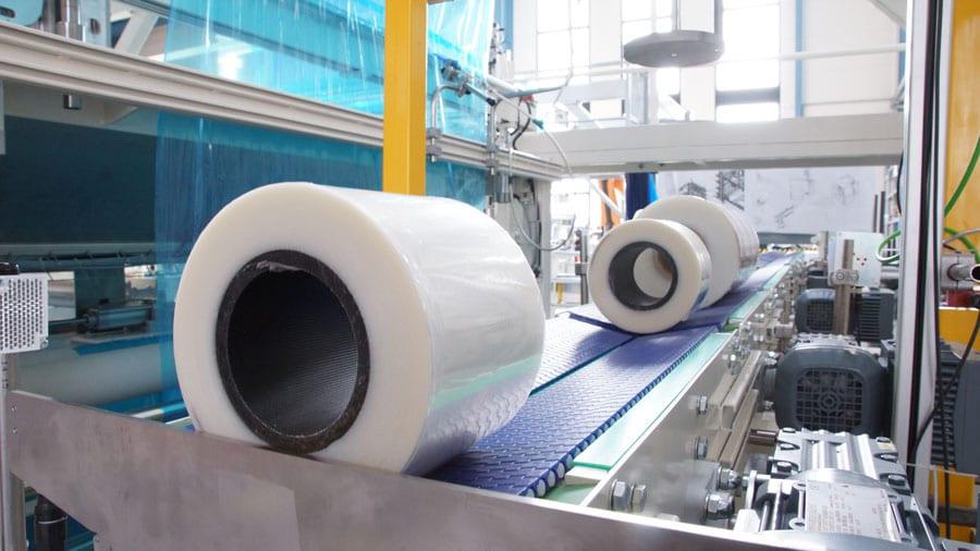 Rollen vor der Verpackung durch den Robot Flex Packer