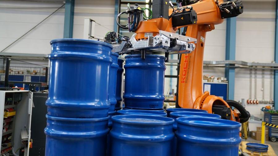 Palettieren von Fässern mit KOCH Robotersystemen