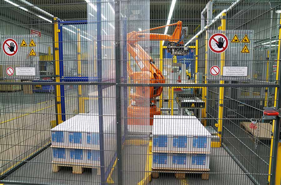 PalletSystem   Palettierung auf 16 qm   KOCH Produkte