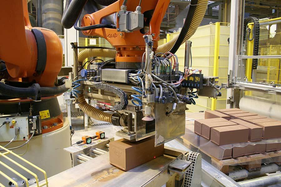 Palettieren von Tonhubeln mit einem KOCH Robotersystem